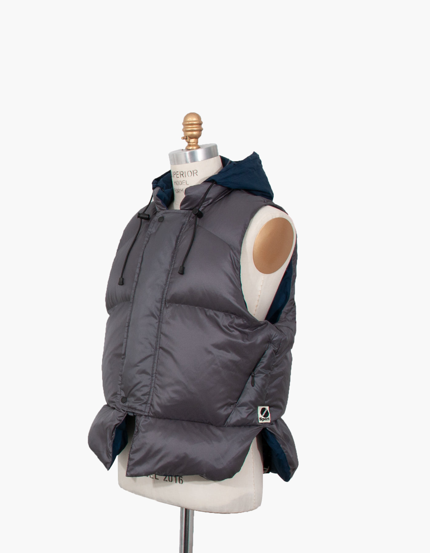 GOOSE DOWN LIFE VEST / CHARCOAL
